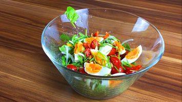 spinat als salat rezept schnell stj. Black Bedroom Furniture Sets. Home Design Ideas