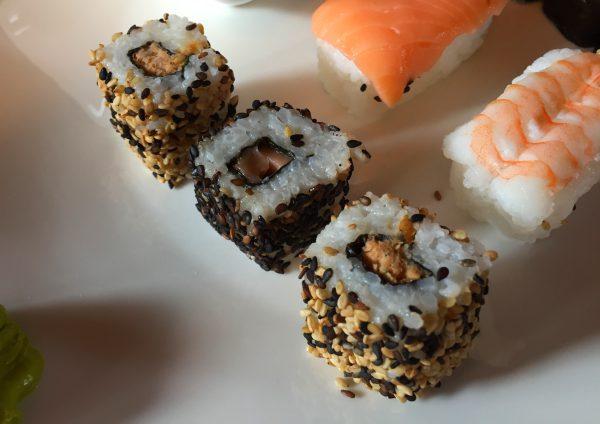 Aldi Sushi Shukoji mini california rolls