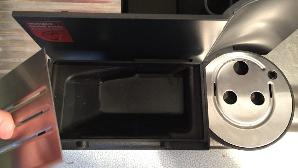 Kaffeevollautomat Siemens EQ 7 Tropfschale reinigen 1